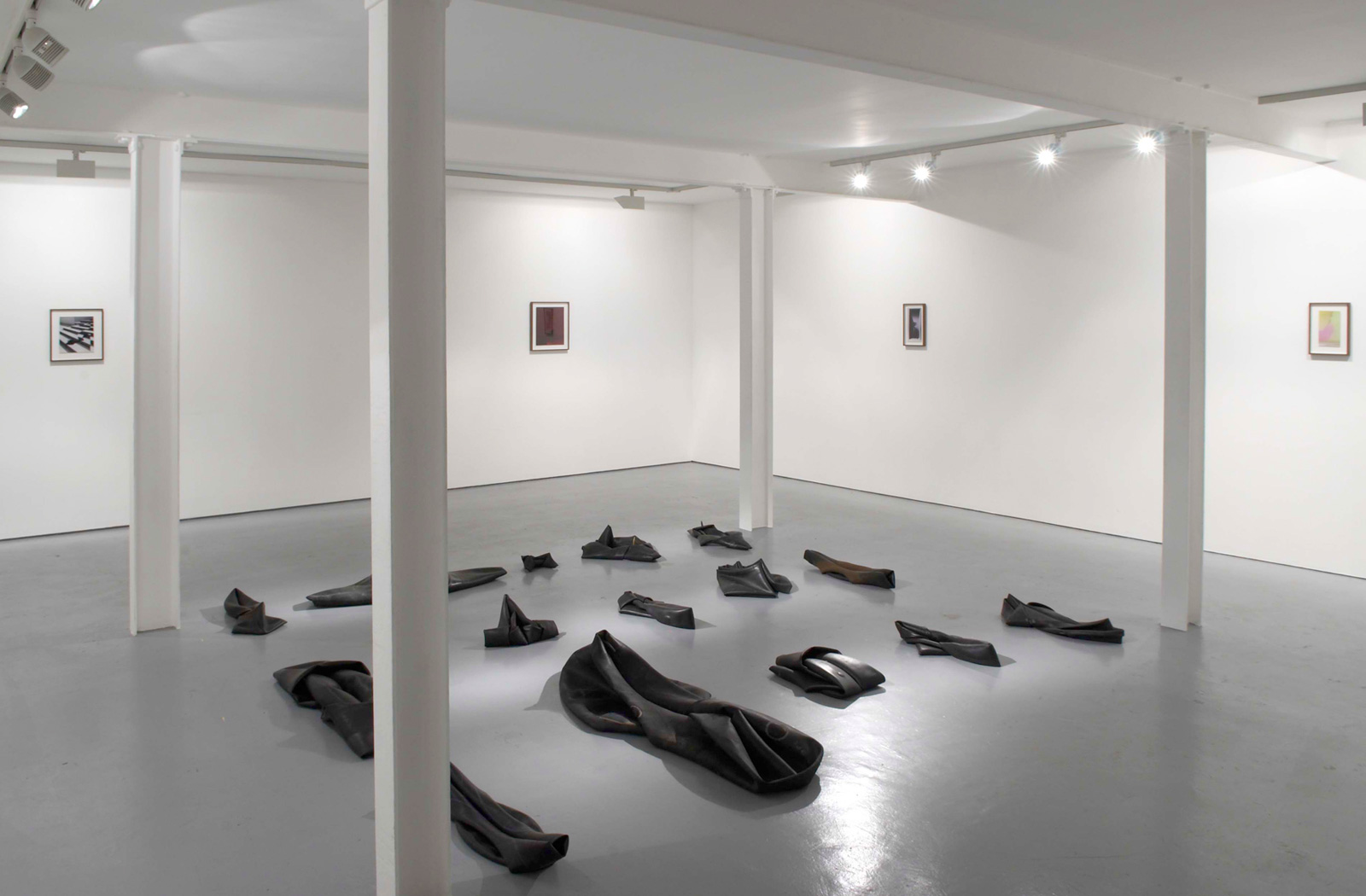 Installation view. In Apertura , Martin Soto Climent, Raphael Danke, Jennifer West