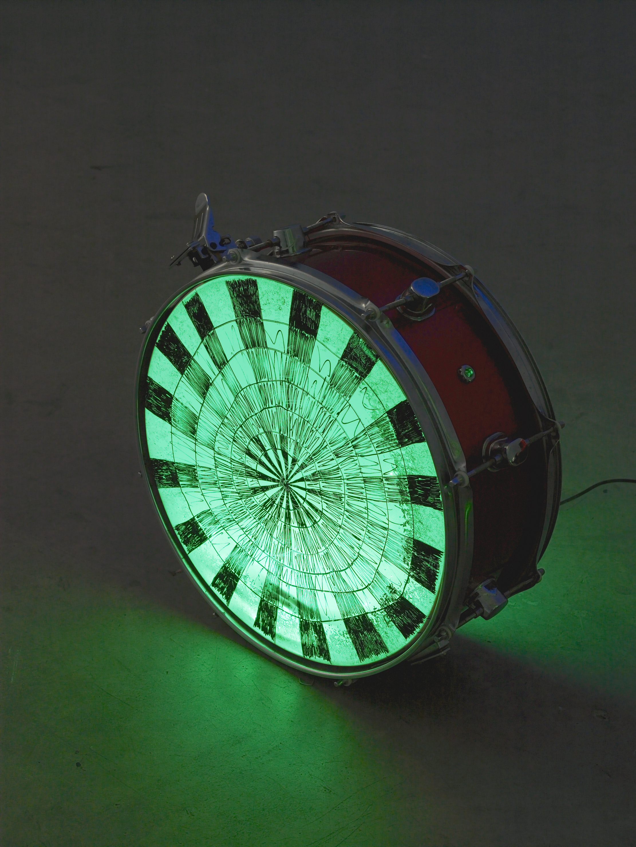 Matt Copson, Noooooooo, 2015, drum, LED strip lights, acrylic paint, 62 x 42 x 43 cm, 24 3/8 x 16 1/2 x 16 7/8 ins. Reynard Reforms , Matt Copson