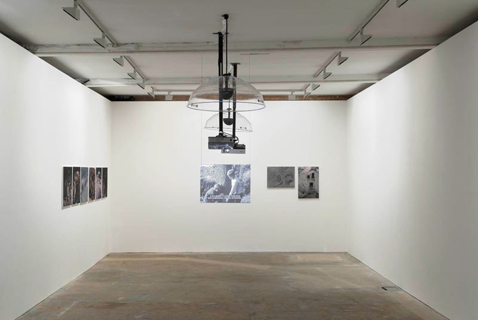 Installation view. I Feel So Divided , Felix Gmelin