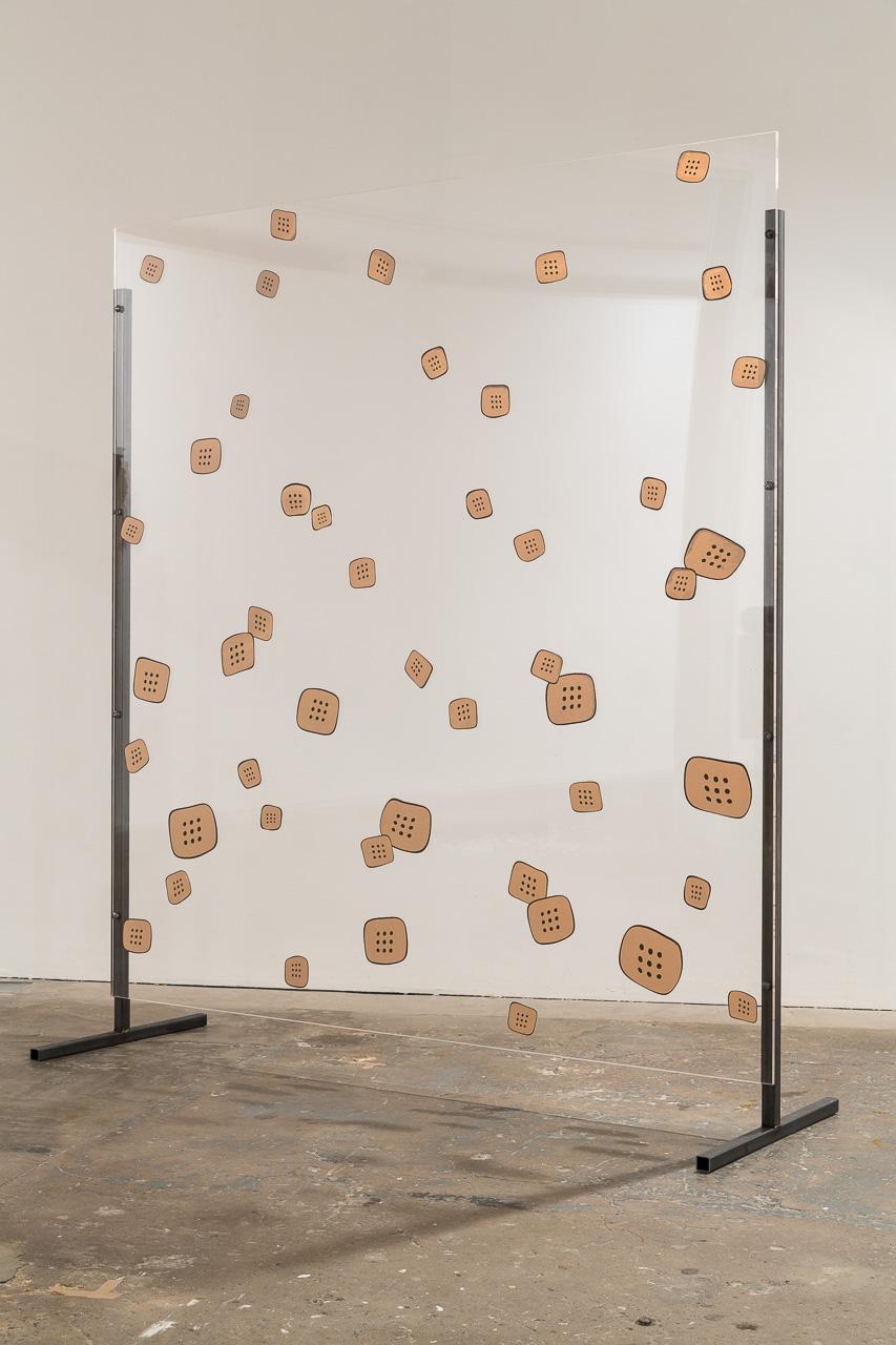 Nicotine Patch Panel (Healing #2), 2015, plexiglass, steel, silkscreeen, 122 x 212 cm. Arbeidsvitaminen , Marlie Mul