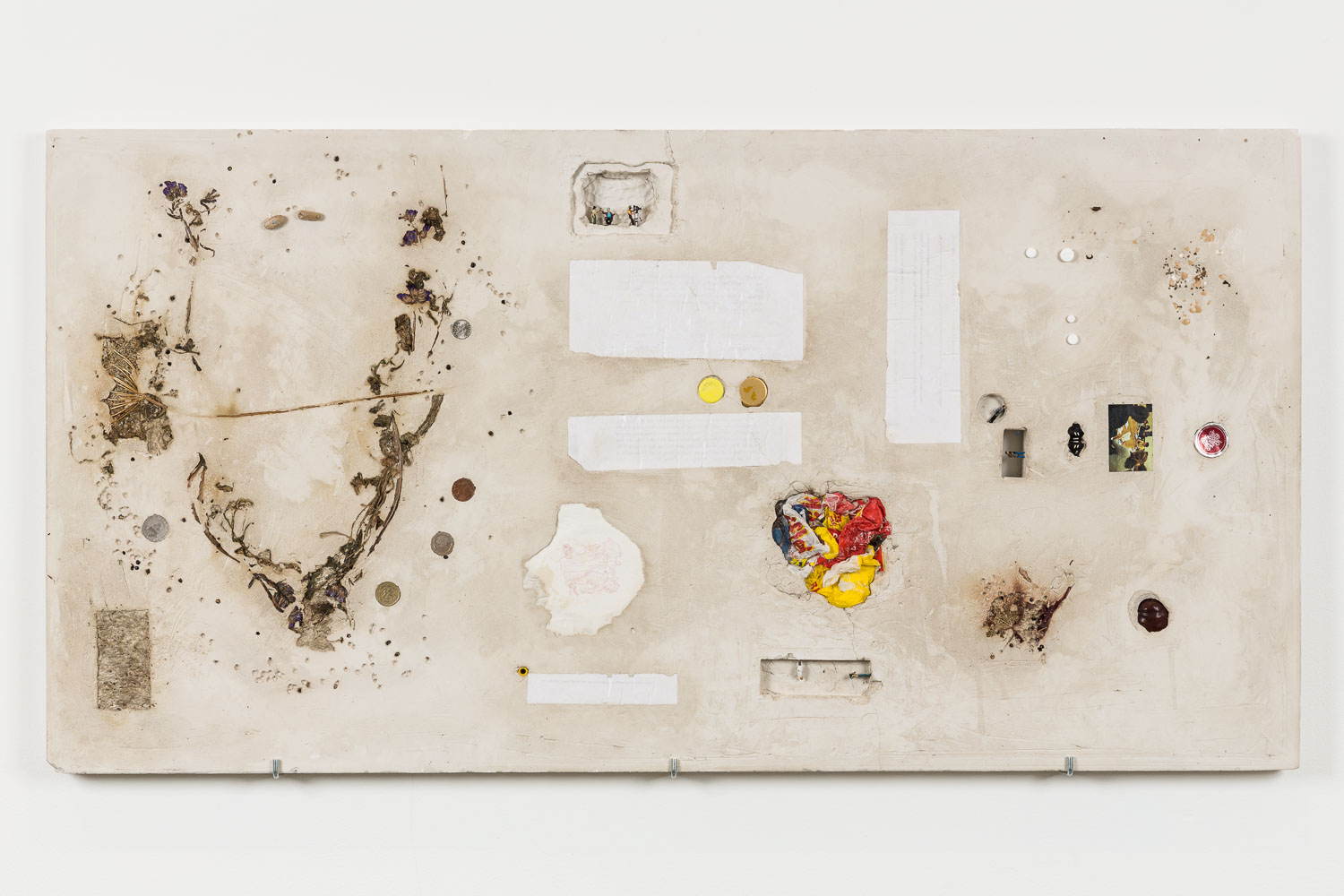 George Rippon Forever Summerhouse, 2015 Limonium, lentils, coins, paper, photograph, allergy tablets, bottle caps, egg shell, chestnut, models, plaster 58.5 x 115 cm 23 x 45 ins. Now Panic , George Rippon